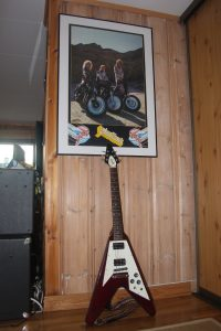 Vintage Turbo-era poster and Flying-V