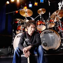 "Simon Phillips – ""Dissident Aggressor"" 2017 interview"